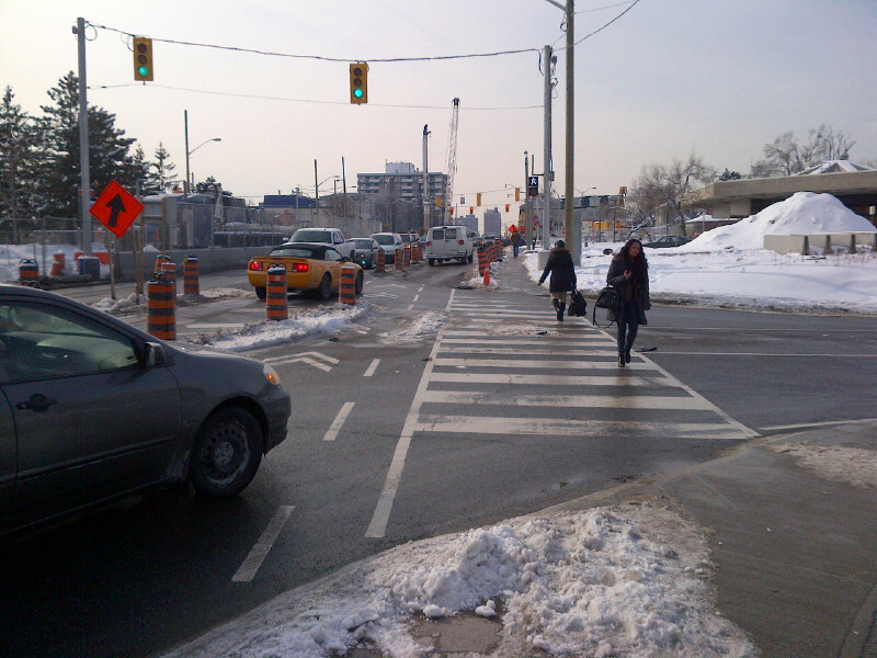 Allen Rd Eglinton Ave intersection
